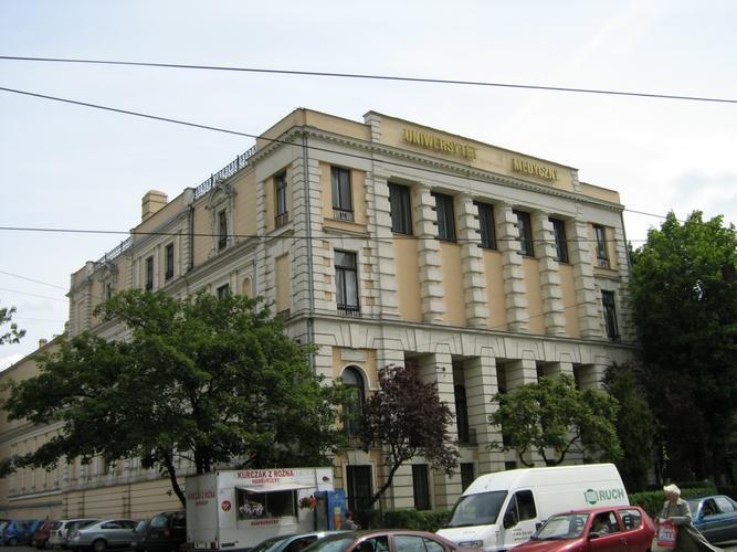 Rektorat UM w Łodzi - By Arewicz, CC BY-SA