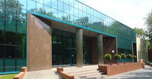 Budynek Biologii Molekularnej Uniwersytetu Łódzkiego - By Michpon, CC BY-SA