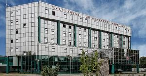 Budynek Rektoratu Warszawskiego Uniwersytetu Medycznego -  By Warszawski Uniwersytet Medyczny, CC BY-SA 3.0