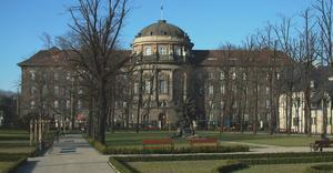 Collegium Maius Poznań - By Radomil, CC BY-SA 3.0